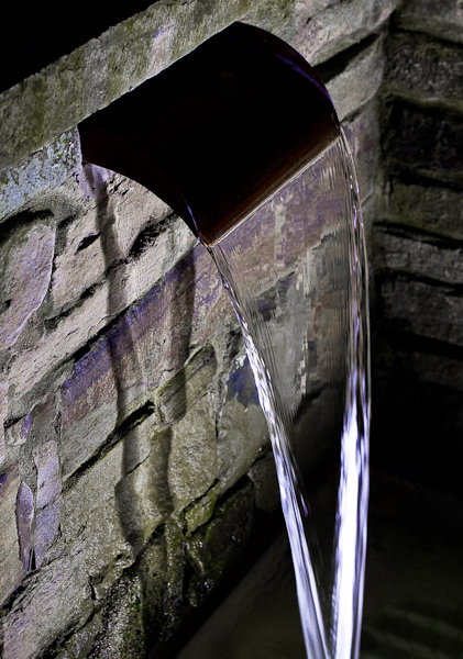Lighting water feature