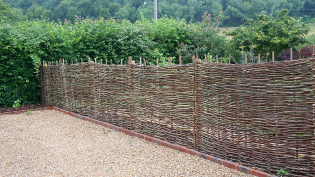 LANDSCAPING woven hazel screening